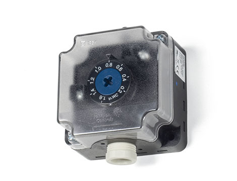 P232 Adjustable differential pressure switch