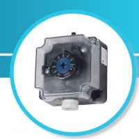 P233 Adjustable differential pressure switch